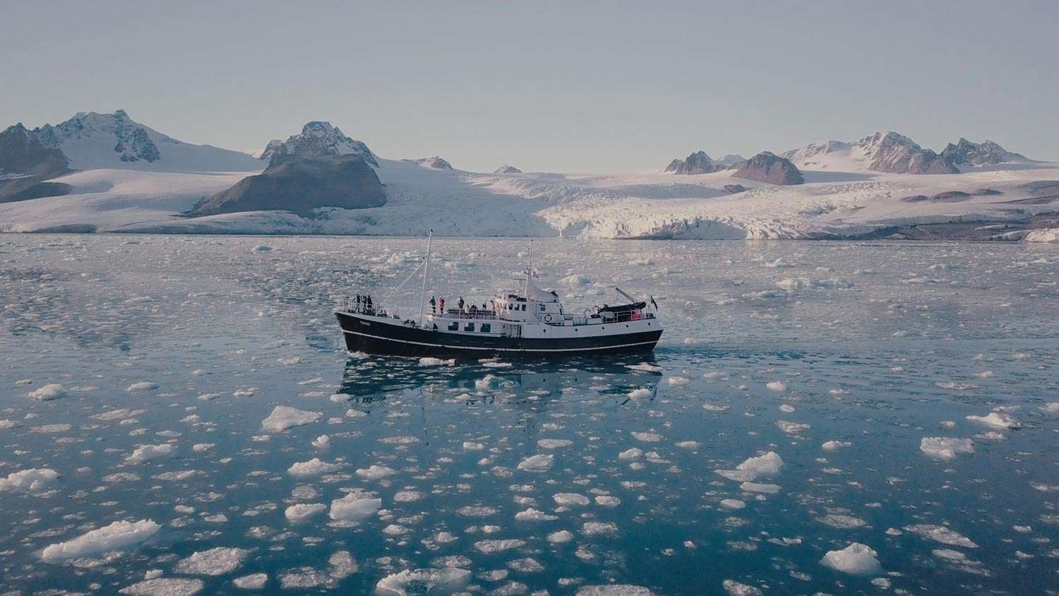 small ship cruises to svalbard