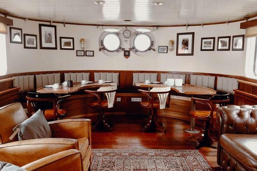 expedition ship svalbard