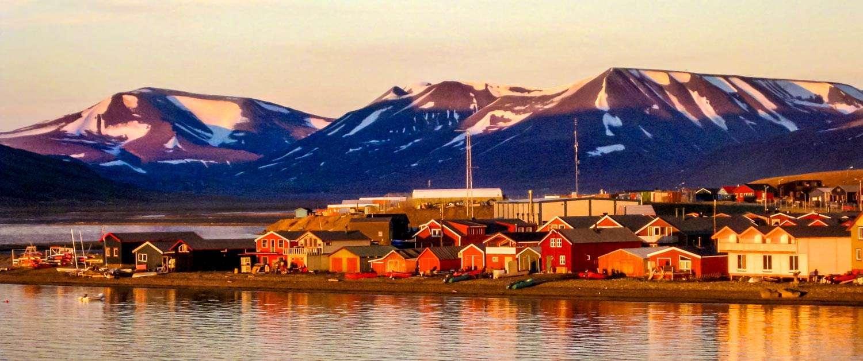 longyearbyen in svalbard
