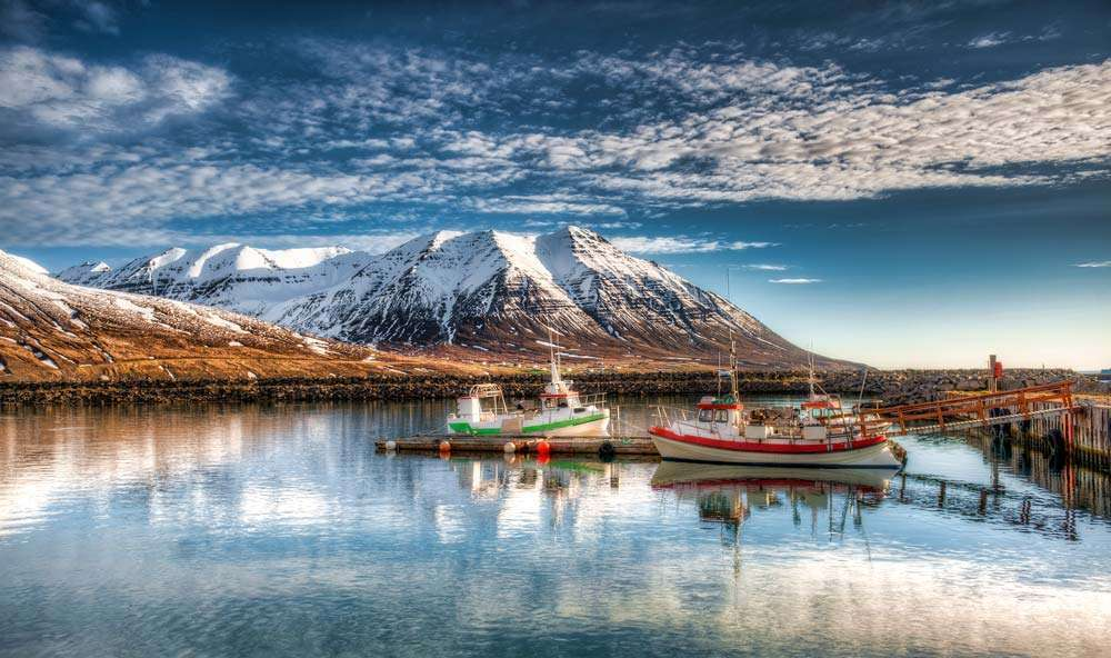 cruise in iceland on a small expedition vessel