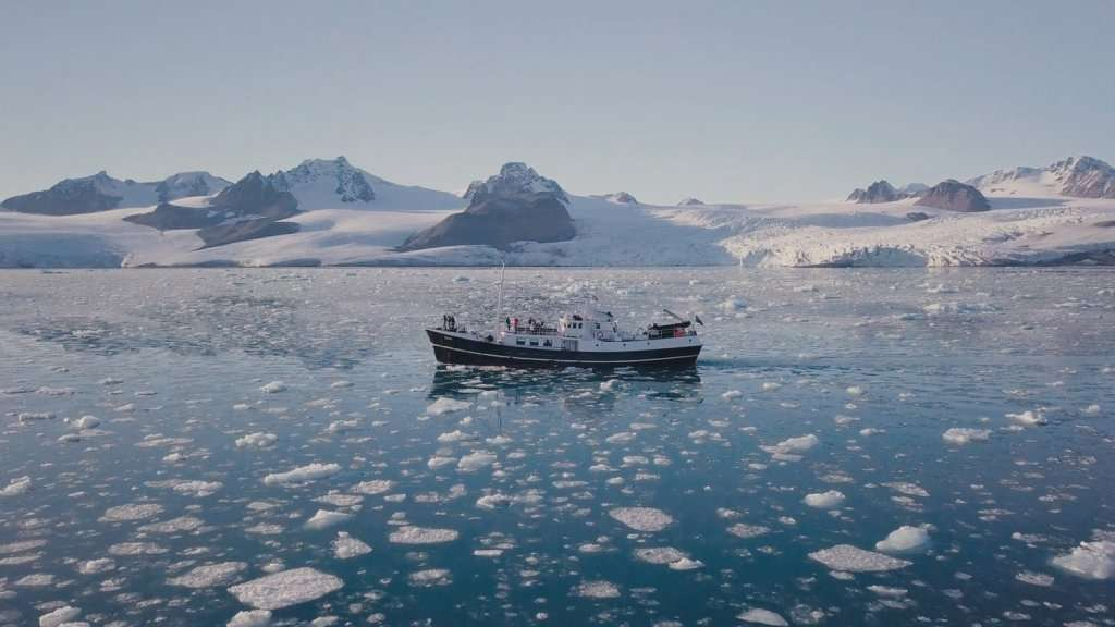 small ship cruise to svalbard 2
