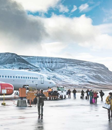 longyearbyen travel guide