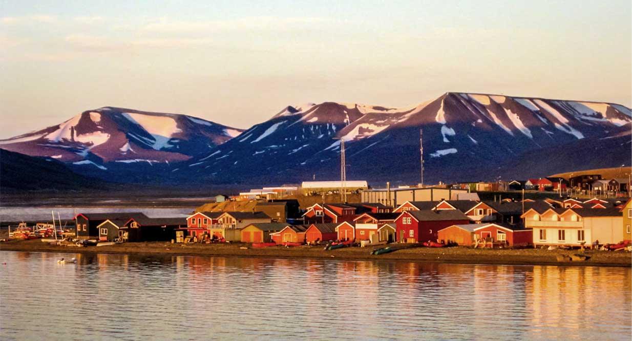svalbard cruise from longyearbyen