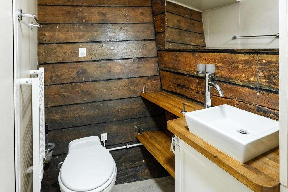 togo bathroom