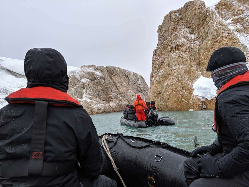 expedition cruise in svalbard