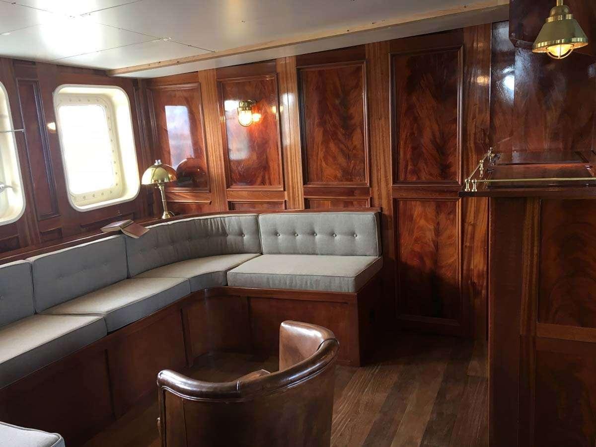 Grønlands Båtcharter