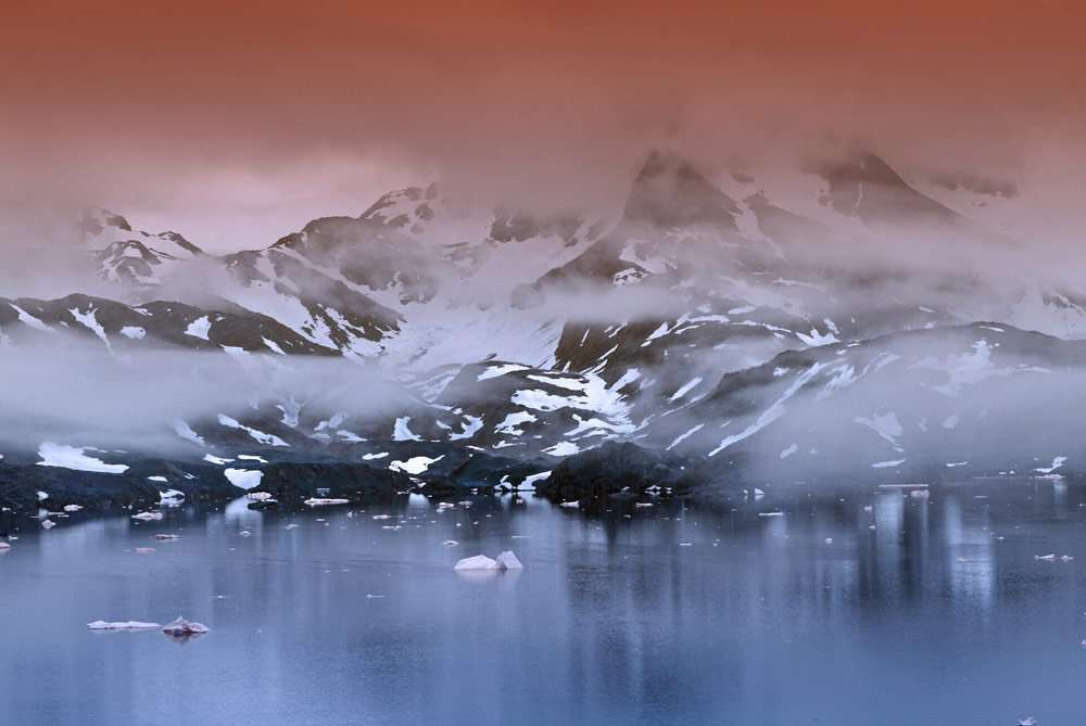 Greenland-is-home-to-the-largest-National-Park-in-the-world