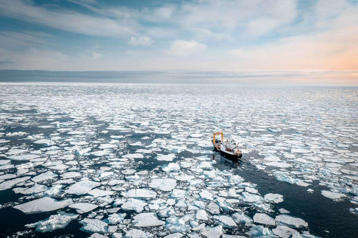 svalbard expedition micro cruise