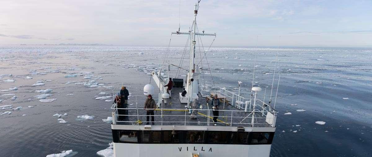 svalbard small ship cruise